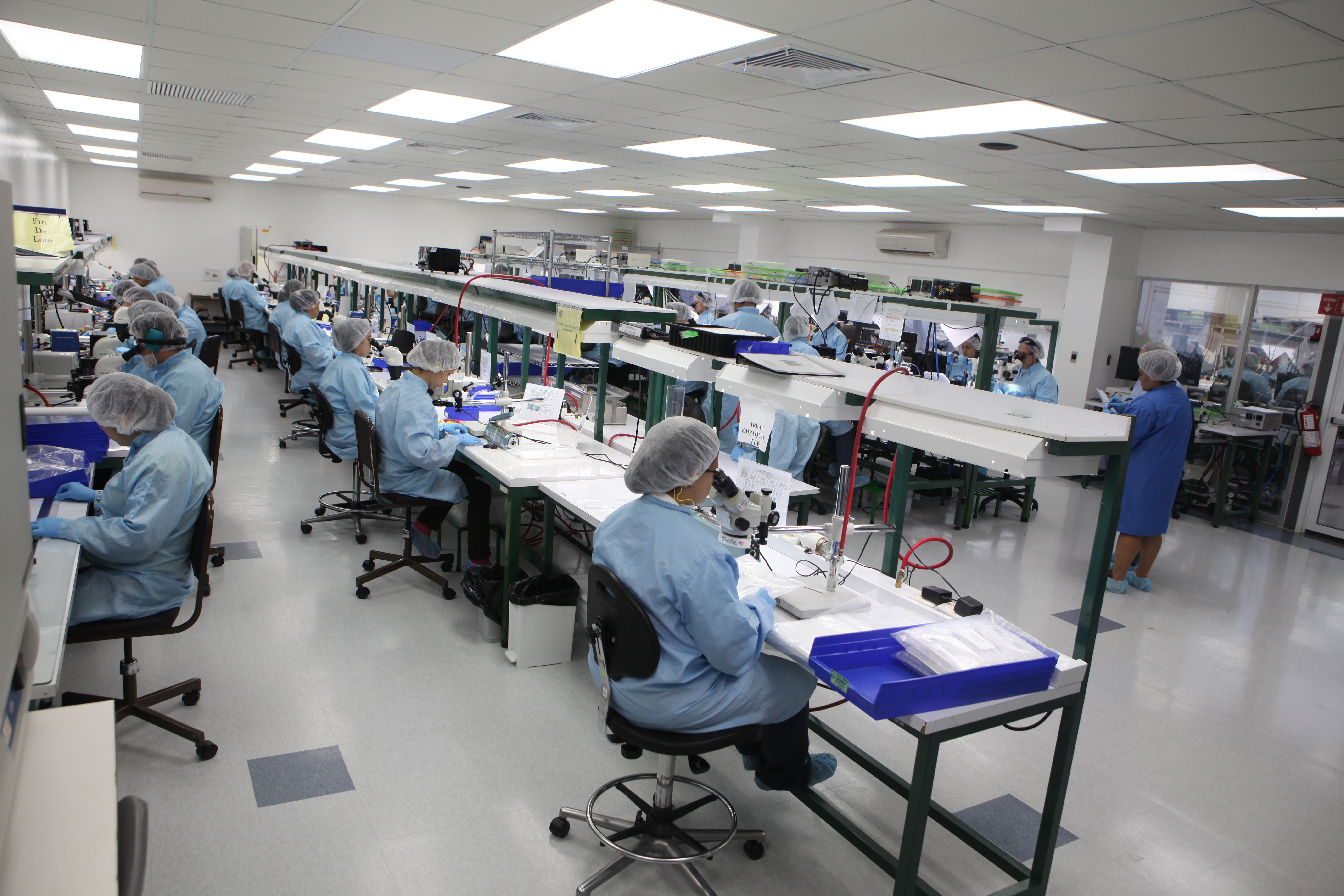 Clean Room: Certified ISO Class 8 Clean Room